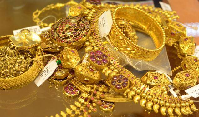Get success in the online jewelry business